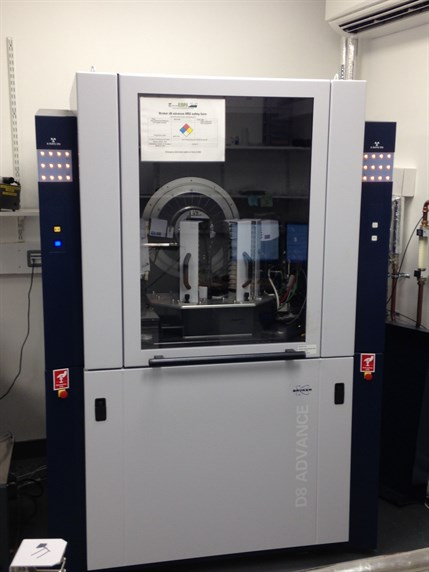 Powder X-ray diffractometer