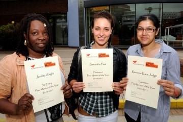 Students receive their Peer Mentor of the Year certificates