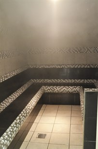 Top health benefits of visiting steam rooms and saunas